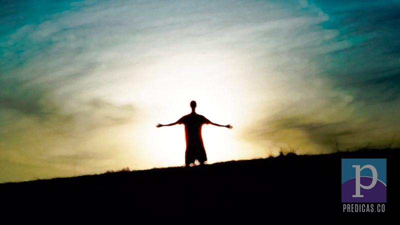 Cristiano rendido ante Dios
