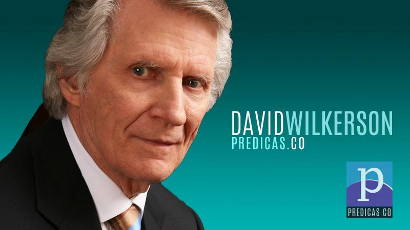 El Pastor David Wilkerson predicando el sermon