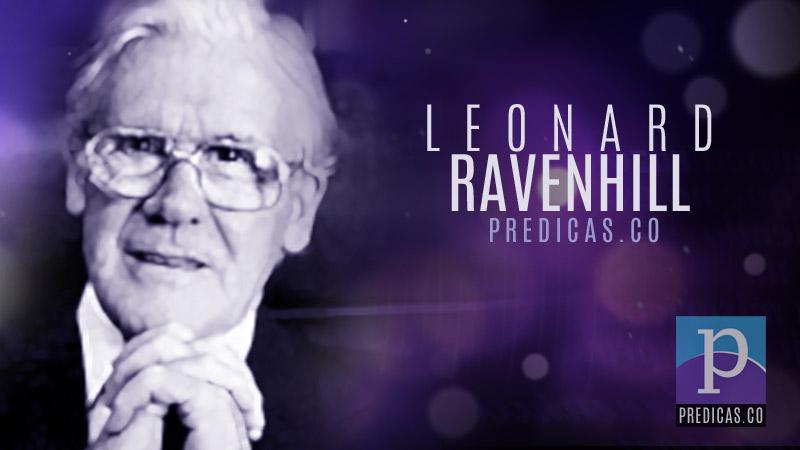 Leonard Ravenhill predicando sobre la oracion a Dios y el avivamiento