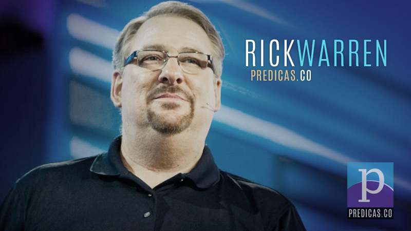 Rick Warren, pastor de Una Iglesia con Proposito, predicando el sermon