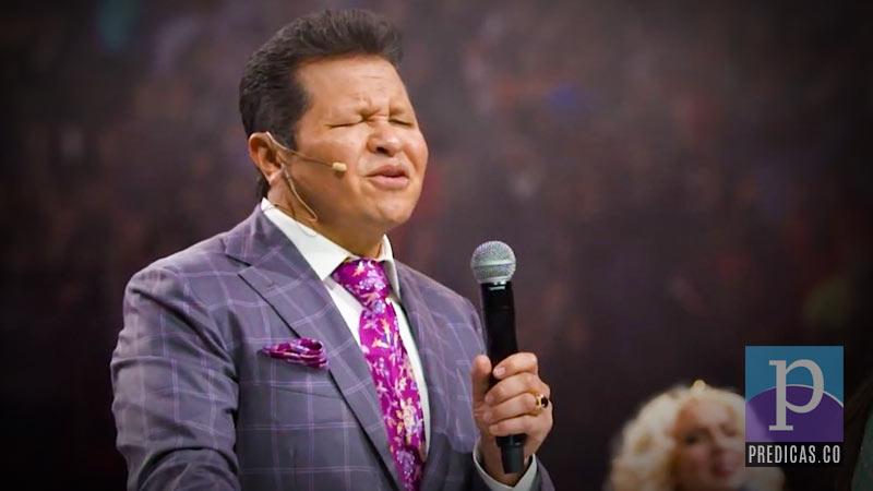 Guillermo Maldonado predica sobre el amor de Dios