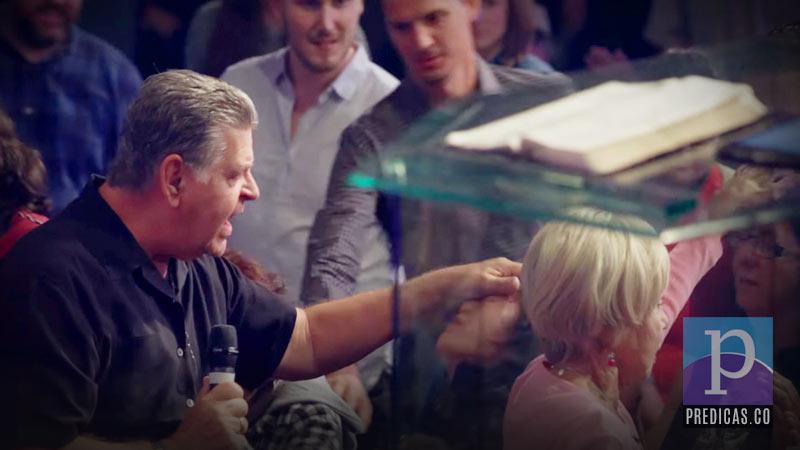 John Arnott predica: Sumergiéndonos en el Espíritu Santo